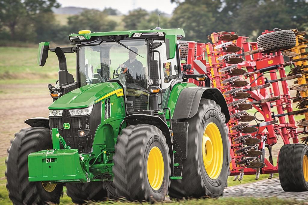 tracteurs JOHN DEERE 7R (4)